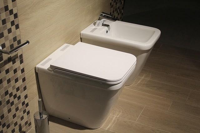 White toilet image